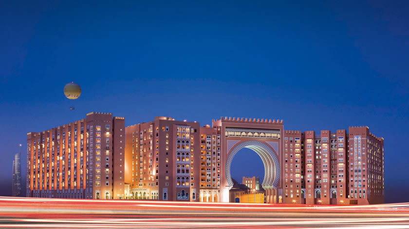 Oceana Beach Club, Movenpick Ibn Battuta Gate Hotel, Dubai