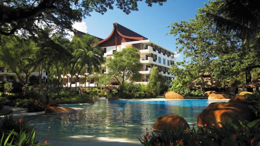 Rasa Wing Pool, Shangri-La's Rasa Sayang Resort & Spa, Malaysia