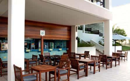 Aqua Bar, Hilton Ras Al Khaimah, Dubai
